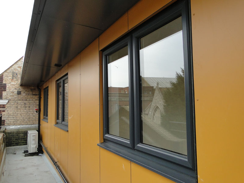 PROJECT 201: Luxury Apartments Glazing - Waller Building